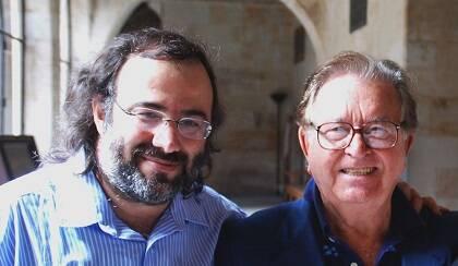 Alencart y Monroy en el edificio histórico de la Universidad de Salamanca(Salamanca, 2010. Foto de J. Alencar)