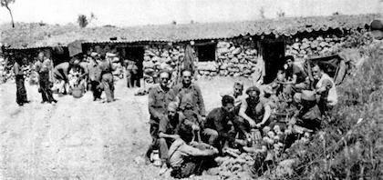 La XI Brigada Internacional en un momento de descanso. / Wikimedia Commons