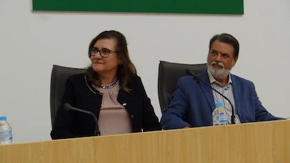 Maite Crespo y Bernardo Ivars, durante la inauguración. / A. Bonilla, CEAA