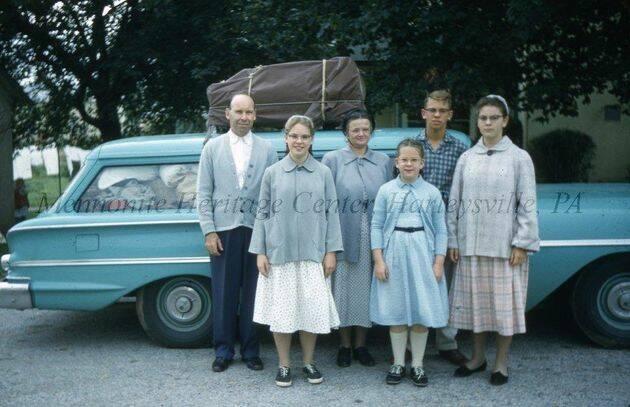 Kenneth Seitz y familia 3 de octubre de 1958, al salir de Lansdale, Pensilvania, hacia la Ciudad de México.,