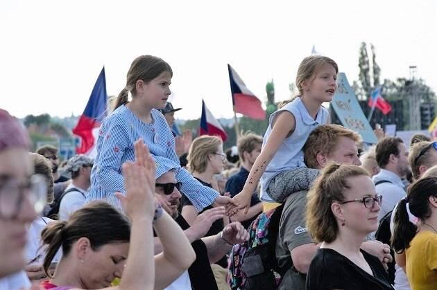 Familias enteras participaron de las manifestaciones el pasado fin de semana. / Jozef,