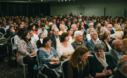 Más de 1.500 personas han asistido a algunos de los actos del 50º Aniversario. / Agape