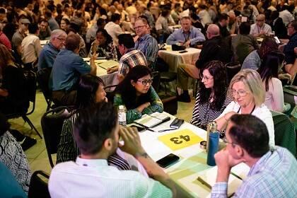 El encuentro se partía cada día en decenas de grupos de trabajo. / Movimiento Lausana Global
