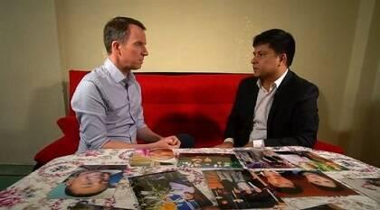 Una de las entrevistas a un padre uigur que ha perdido a su hijo. / BBC
