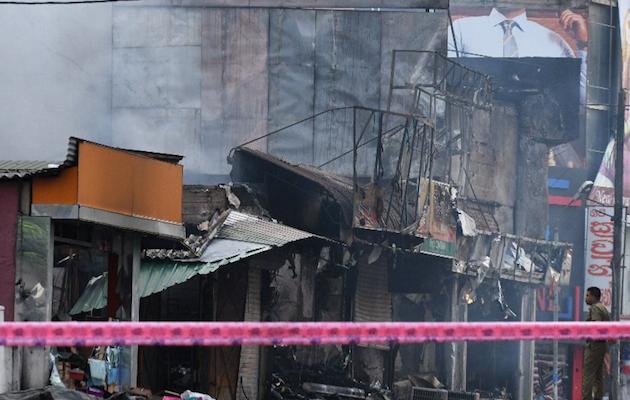 Negocios de musulmanes atacados después de los atentados. / L. Wanniarachchi, AFP, Twitter @nceasl,