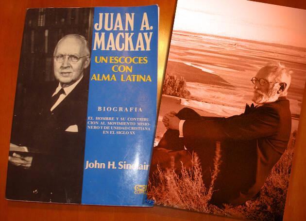 Juan A. Mackay y Miguel de Unamuno. Composición de Juan Carlos Martín. / J. Alencar,