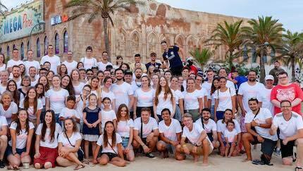 El equipo misionero, en la zona donde realizan las actividades. / Reach Mallorca