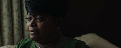 El documental muestra cómo los familiares de las víctimas perdonaron al asesino en un juicio público. / Emanuel Movie