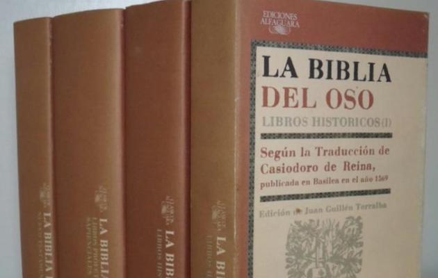 La edición de Alfaguara, de 1987, de la Biblia del Oso.,