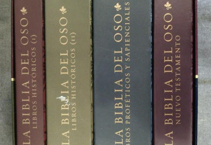 Los cuatro tomos de la edición de Alfaguara de 2001, desde el lomo.