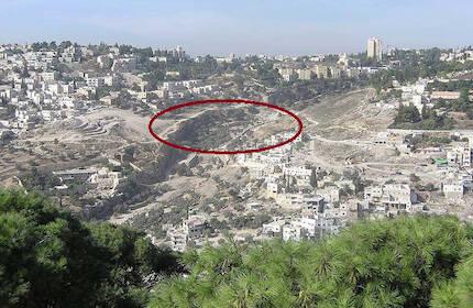 """El Valle de Hinnón, el Gehena, el """"Infierno"""" de La Biblia en la actualidad."""