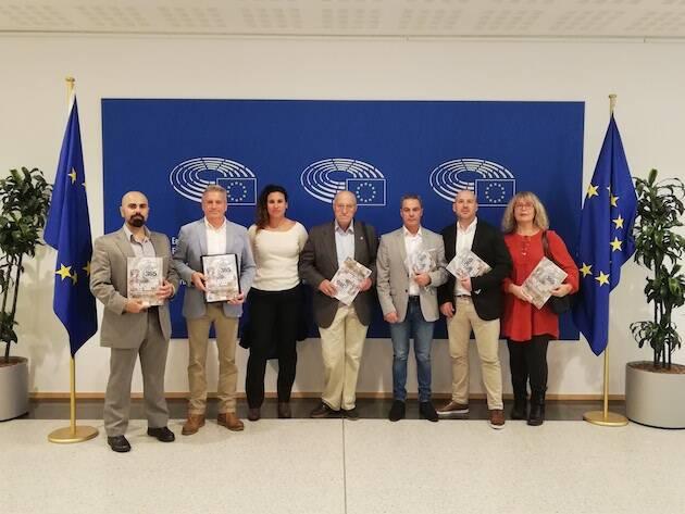 Un grupo de siete representantes de Misión 365 y la Coordinadora de Policías Cristianos ha visitado Bruselas. / CPC,