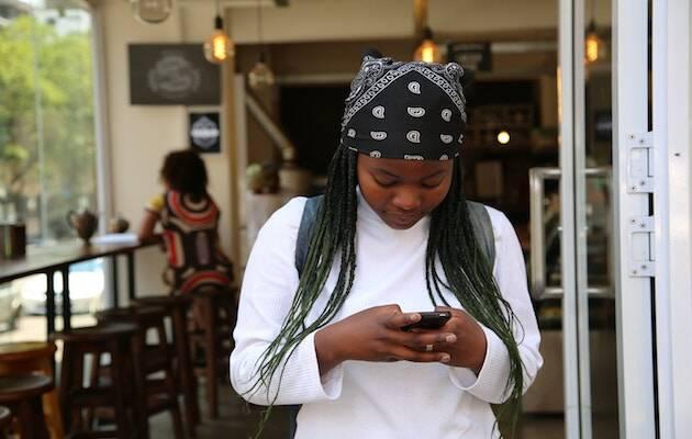 Poco más del 5% de la población de Chad tiene acceso a internet. / Angelo Moleele, Unsplash CC,