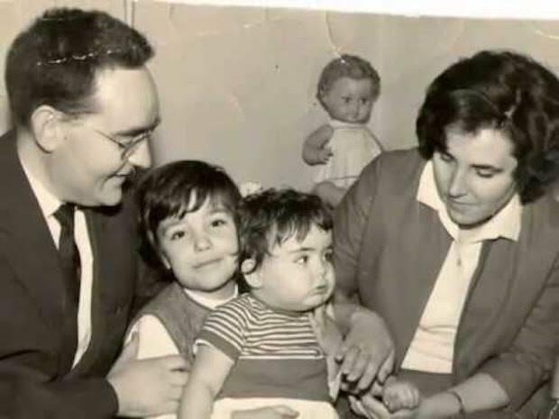 Grau y su familia en los años sesenta.