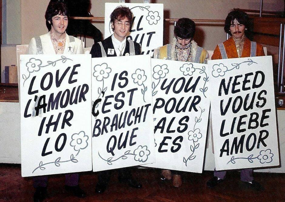 All You Need Is Love de Lennon está basado en las palabras de 1 Corintios 13.