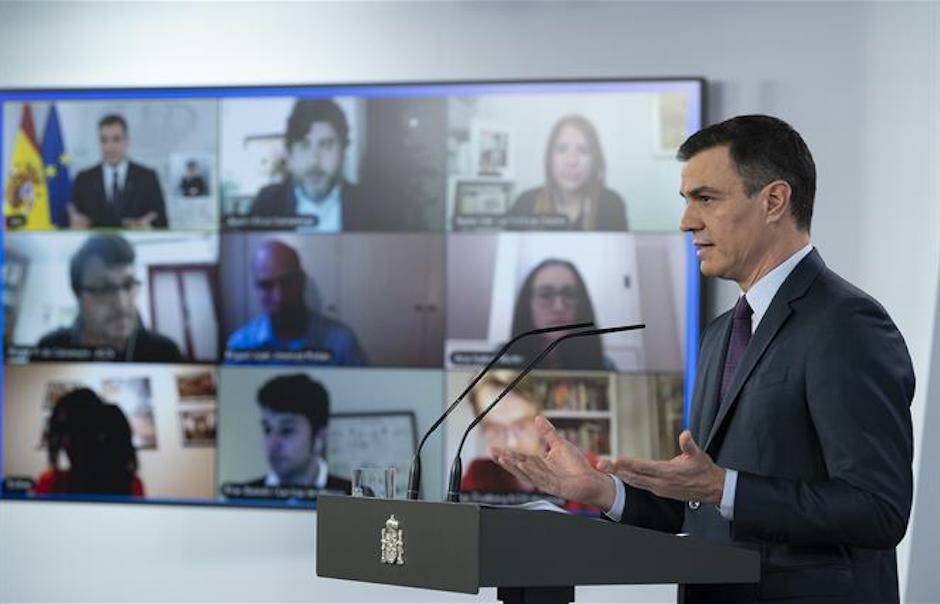 El presidente del gobierno, Pedro Sánchez, en una comparecencia de prensa el pasado sábado. / Moncloa, Borja Puig,