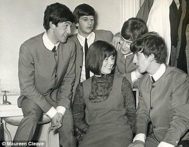 Las declaraciones de Lennon no fueron a una periodista cualquiera, sino a una amiga de ellos, Maureen Cleave.