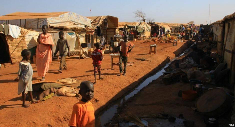Campo de refugiados por la Guerra civil de Sudán del Sur en la región oeste de Bahr el Ghazal, en 2016. / Wikimedia Commons, J. Craig-VOA,