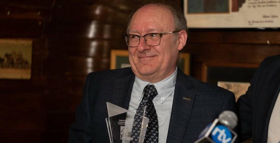José Luis Villacañas, recibiendo el Premio Unamuno amigo de los protestantes, en enero de 2020. / Fundación RZ,