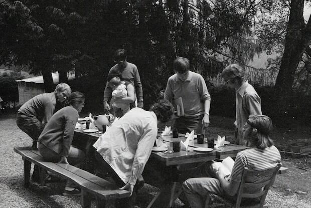 Schaeffer formó en las montañas de Suiza una comunidad, L'Abri, que en francés significa Refugio.