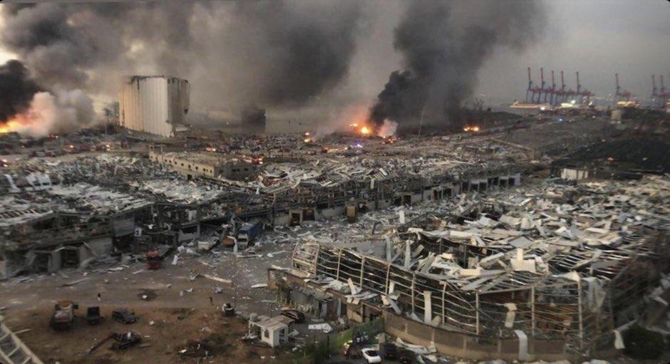 La explosión ha devastado la zona del puerto y sus alrededores. / Twitter @MECChurches,