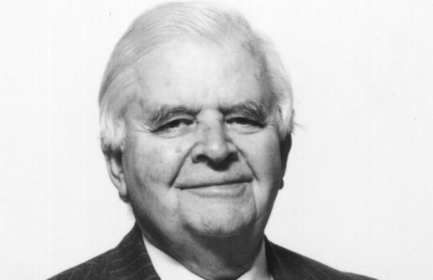 El fundador de Regent, James M. Houston, era hijo de misioneros de los Hermanos en España antes de la Guerra Civil.