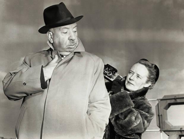 Alma trabajó en todas las producciones de su marido desde que se casaron en 1926, como guionista, adaptadora, montadora, asistenta de dirección y responsable de continuidad.
