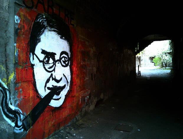 Mural a Sartre en Armenia.