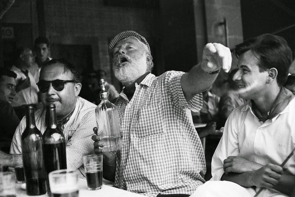 Detrás de la imagen de macho de Hemingway, había alguien profundamente autodestructivo.