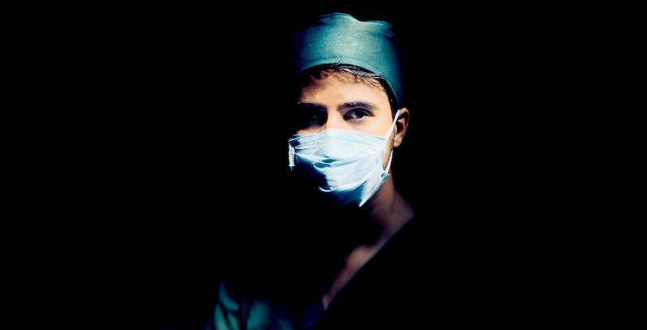 "El colectivo sanitario ante la pandemia. / <a target=""_blank"" href=""https://unsplash.com/@amirrezajb?utm_source=unsplash&utm_medium=referral&utm_content=creditCopyText"">amirreza jambi</a>, Unsplash,"