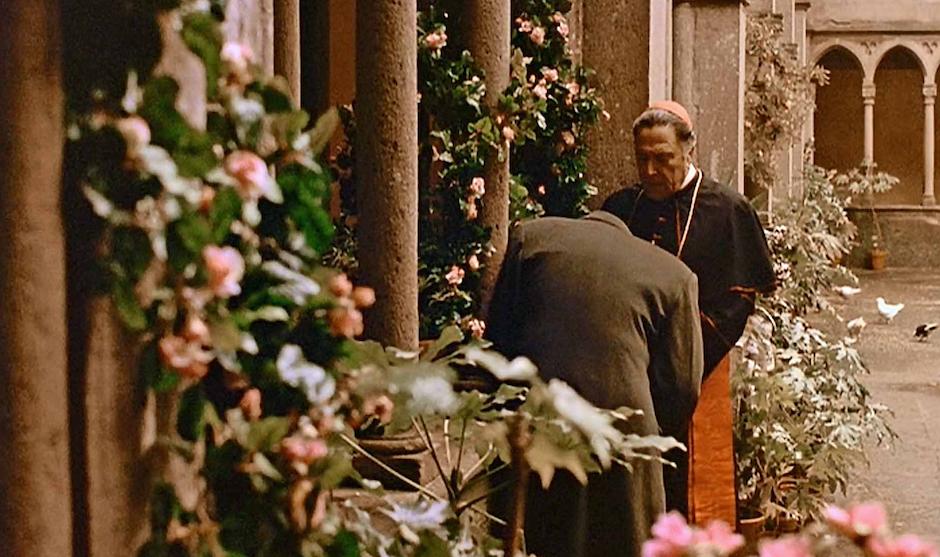 Cuando el cardenal le apremia para que se confiese, Michael dice que no hay redención para él.