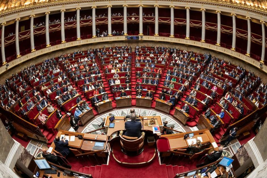 La Asamblea Nacional francesa ha aprobado la ley 'anti-separatismo' con 347 votos a favor y 151 en contra. / Facebook Assemblée Nationale,