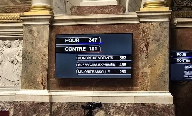 "La Asamblea francesa aprueba la controvertida ""ley anti-separatismo"""