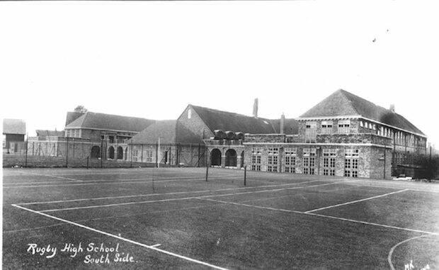 La escuela de Rugby es conocida por ser algo más que el lugar donde nació el deporte que lleva ese nombre, ya que es un centro de educación privada muy elitista.
