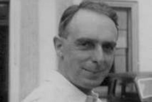 Nash trabajaba desde 1932 para la Unión Bíblica en estas escuelas que llaman en inglés públicas, para alcanzar a la élite que se formaba en estos colegios privados.
