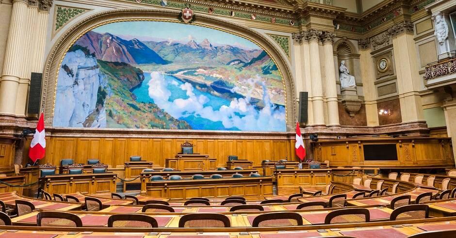 """Sede de la Asamblea suiza, el parlamento nacional, en Berna. / <a target=""""_blank"""" href=""""https://unsplash.com/@kel_foto"""">Hansjörg Keller</a>, Unsplash CC,"""