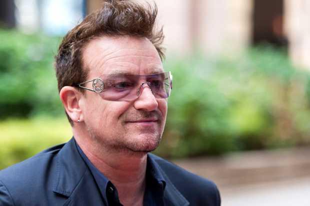 <p> El cantante Bono, de U2 / Emol</p> ,