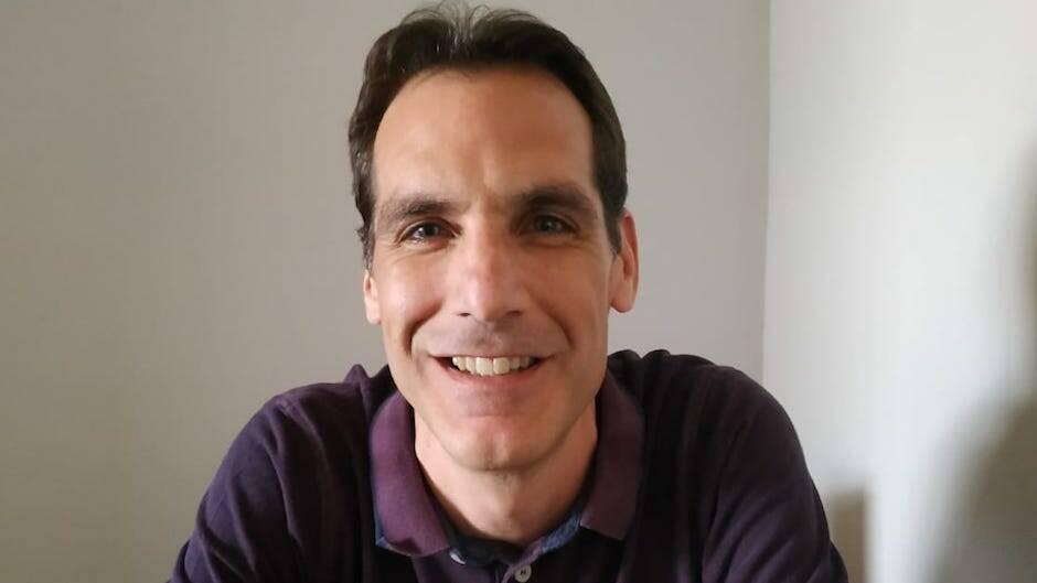 El escritor Daniel Banegas.,