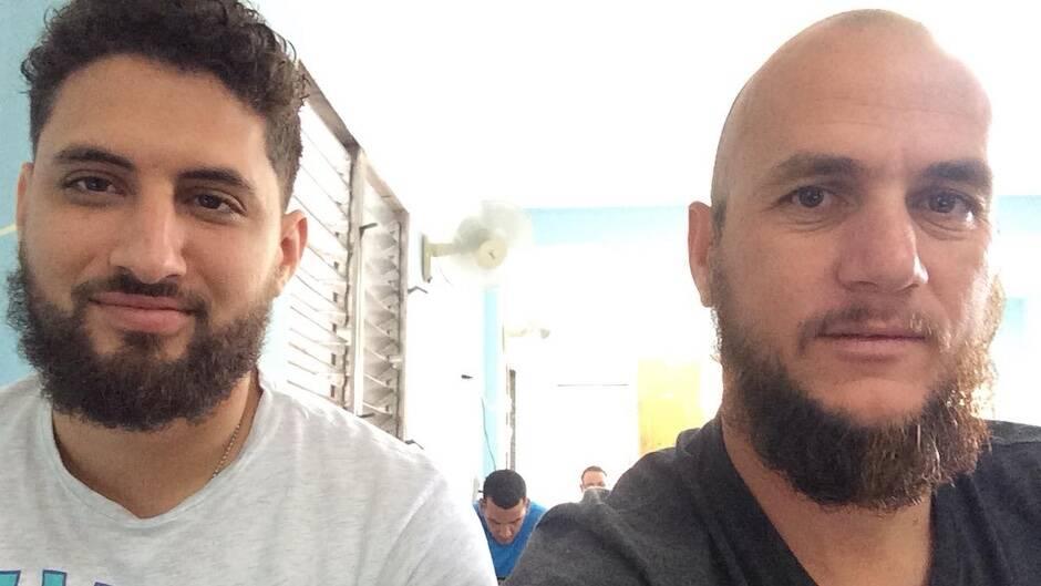 Los pastores Yarian Sierra (izquierda) y Yéremi Blanco (derecha). / CSW, Facebook Seminario Carey|#|