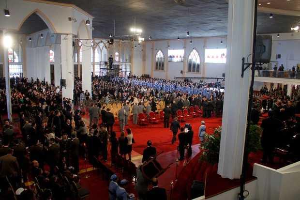 <p> Un momento del Tedeum en la Catedral Evang&eacute;lica de Chile</p> ,