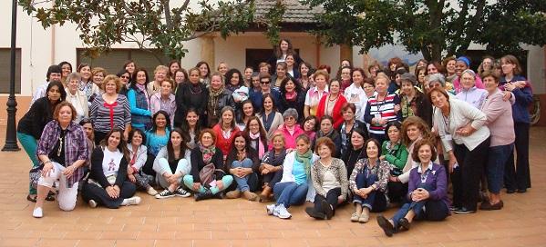 <p> Participantes del Encuentro de Mujeres en Toral de los Guzmanes (Le&oacute;n), del 27 al 29 de septiembre. / J.Alencar</p> ,
