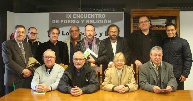 <p> Participantes del encuentro &quot;Los poetas y Dios&quot; en su edici&oacute;n de 2011.</p> ,