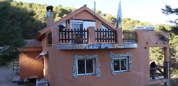<p> La casa guarder&iacute;a, parte del proyecto que construye de Vida en Familia en Monda. / Radio Amanecer</p> ,