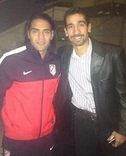 <p> Fernando de Ornelas, junto a Radamel Falcao.</p> ,
