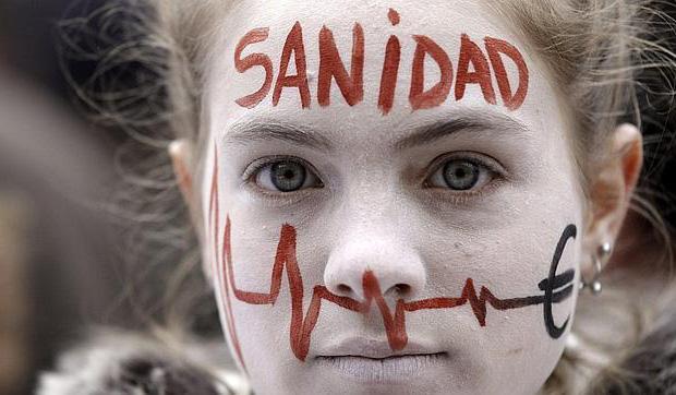 <p> Marea blanca en Madrid. / Efe</p> ,
