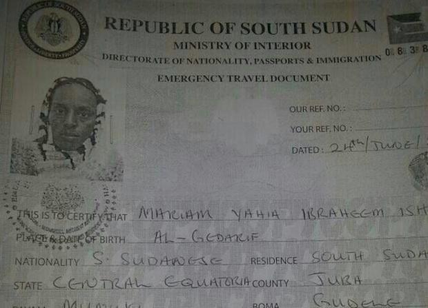 <p> Una copia de los documentos de viaje expedidos por Sud&aacute;n del Sur para Meriam Ibrahim. / BBC</p> ,