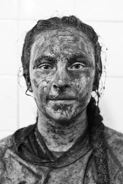 <div> (C) Silvia Navarro, &quot;Mujeres de barro&quot;. Finalista VII ILLA Fotograf&iacute;a 2014.</div> ,