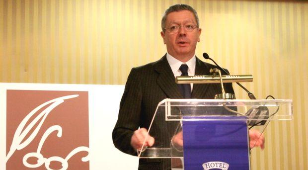 <p> Alberto Ruiz-Gallard&oacute;n, durante su discurso / MGaLa</p> ,