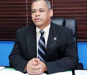 <p> Fidel Lorenzo Mer&aacute;n, presidente del Consejo Dominicano de Unidad Evang&eacute;lica.</p> ,
